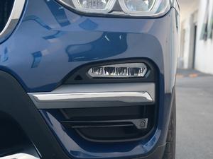 2018款xDrive 25i 豪华套装 雾灯