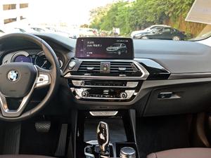2018款xDrive 25i 豪华套装 中控台
