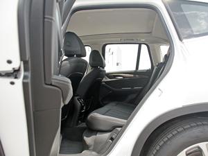 2018款xDrive 25i 豪华套装 后排空间
