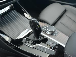 2018款xDrive 25i 豪华套装 变速挡杆