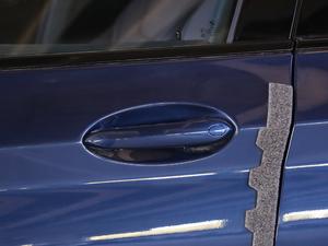2018款xDrive 28i M运动套装 门把手