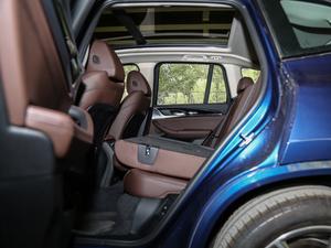 2018款xDrive 28i M运动套装 后排座椅放倒
