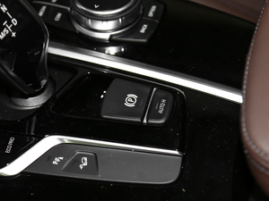 2018款xDrive 28i M运动套装 驻车制动器