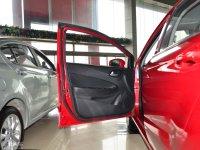 空间座椅中华H220驾驶位车门