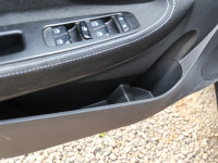 空间座椅中华EV车门储物空间