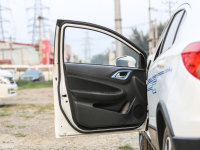 空间座椅中华EV驾驶位车门