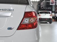 细节外观中华H230 EV尾灯