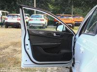 空间座椅中华H530驾驶位车门