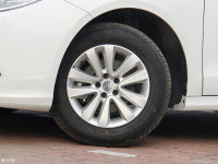 细节外观中华H530轮胎