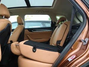 2018款280T 自动旗舰型 5座 后排座椅放倒
