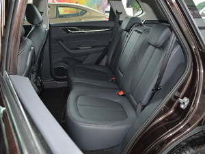 2018款280T 自动尊贵型 5座 后排座椅