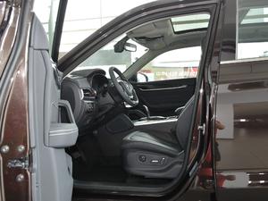 2018款280T 自动尊贵型 5座 前排空间