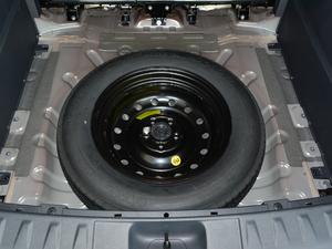 2018款280T 自动尊贵型 5座 备胎