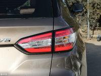 细节外观中华V6尾灯