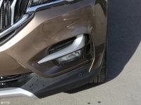 细节外观中华V6雾灯