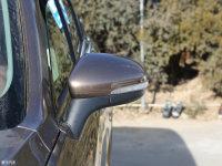 细节外观中华V6后视镜