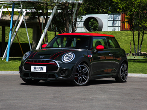 2018款2.0T JOHN COOPER WORKS ALL-IN 正侧45度