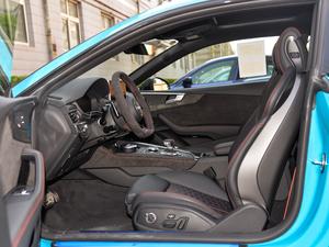 2019款2.9T Coupe 前排空间