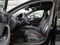 空间座椅奥迪RS4前排空间