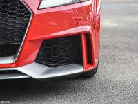 細節外觀奧迪TT RS霧燈