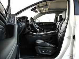 2019款EcoBoost 145 CVT尊领型PLUS 前排空间