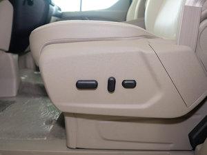 2017款2.0T 自动商务舱版 座椅调节