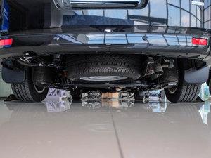 2017款2.0T 自动商务舱版 备胎