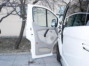 2017款2.0T 自动商务舱版 驾驶位车门