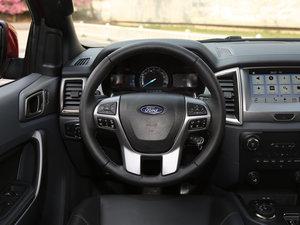 2017款2.0L GTDi四驱汽油豪华版 7座 方向盘