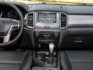 2017款2.0L GTDi四驱汽油豪华版 7座 中控台