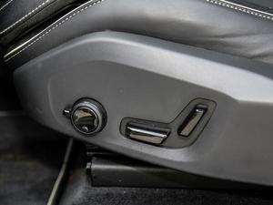 2019款T8 E驱混动智雅运动版 座椅调节