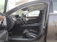 空间座椅沃尔沃S90前排空间