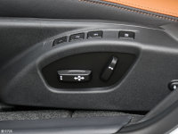 空间座椅沃尔沃S60L座椅调节