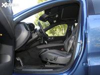 空间座椅沃尔沃XC60前排空间