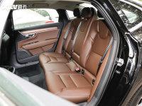 空间座椅沃尔沃S90混动后排座椅