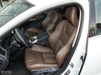 空间座椅沃尔沃S60L混动前排座椅