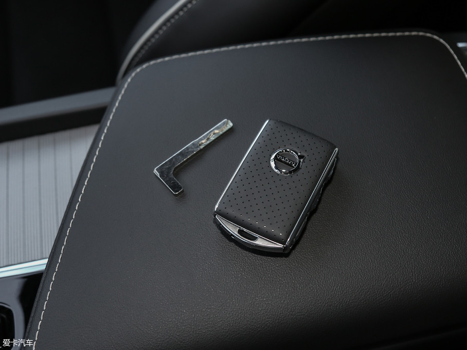 2018款沃尔沃XC60T5 四驱智雅运动版