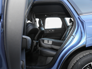 2018款T5 四驱智雅运动版 后排座椅放倒