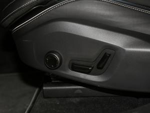2018款T5 四驱智远运动版 座椅调节