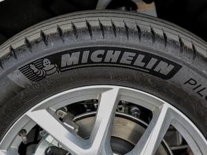 2018款T4 智逸版 轮胎品牌