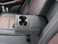 空间座椅幻速S6后排中央扶手