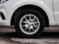 细节外观幻速H2轮胎
