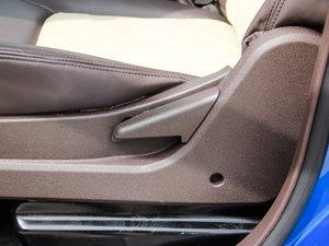 2017款2.0T 手动汽油四驱 旗舰版 座椅调节
