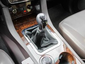 2017款2.0T 手动汽油四驱 旗舰版 变速挡杆