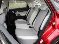 空间座椅北汽EU5后排座椅
