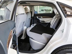2018款R500 智尚版 后排座椅放倒