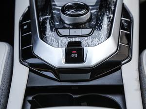 2018款R500 智尚版 驻车制动器