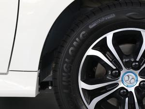 2018款轻秀版 轮胎品牌