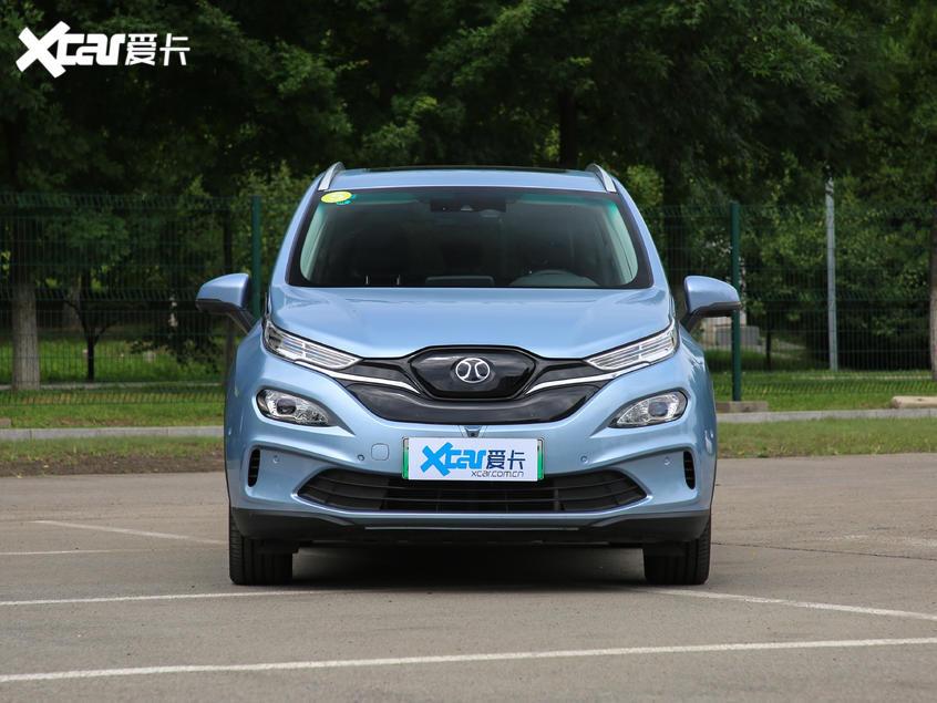 北汽新能源2019款北汽EX3