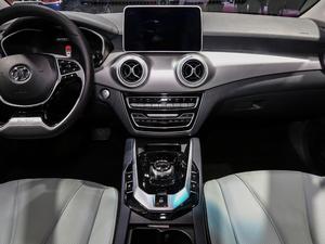 2019款R600 基本型 中控台